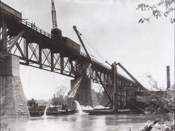 icbridgesmallerbridgereconstruction.jpg