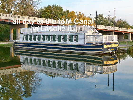 xcanal-boat-on-fall-day.jpg